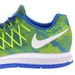 foto close-up van een paar Nike-schoenen