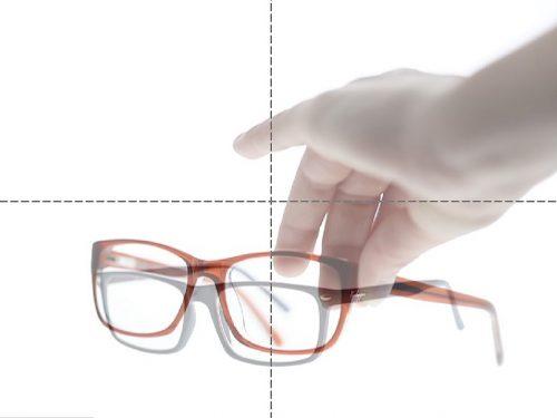 Brillen fotograferen in een lichtbox packshot