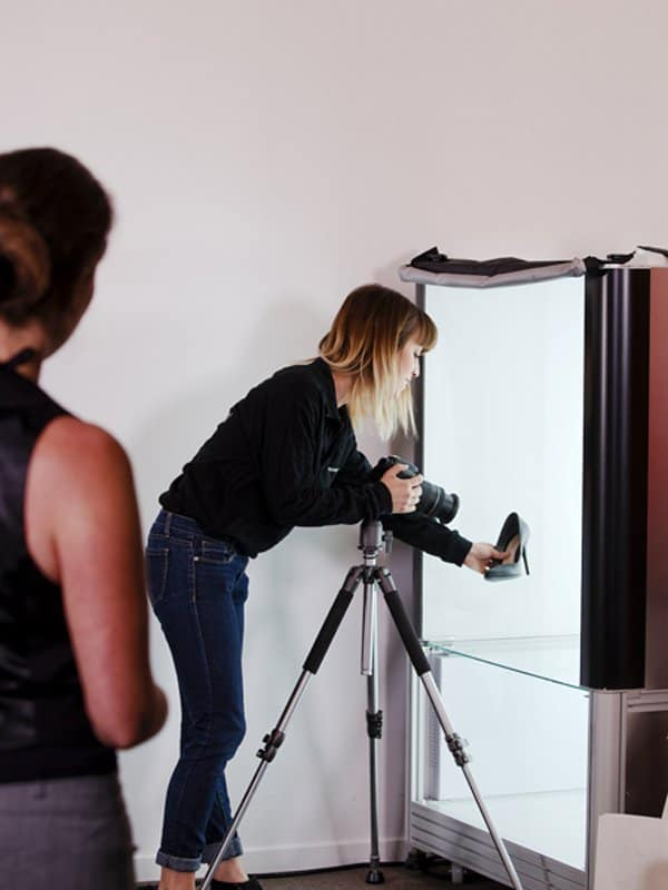 shooting still picture using an automated photo studio