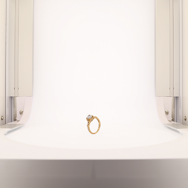 gold ring with dual lighting system